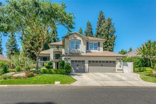 Photo of 1172 E Newhall Drive, Fresno, CA 93720 (MLS # 559235)