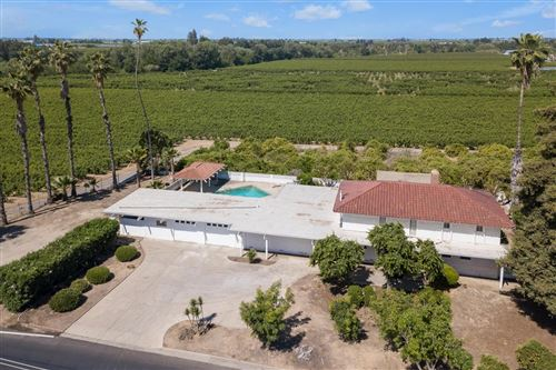 Photo of 693 S Reed Avenue, Reedley, CA 93654 (MLS # 559241)
