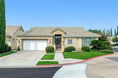 Photo of 2030 W Via Le Fontane, Fresno, CA 93711 (MLS # 548248)