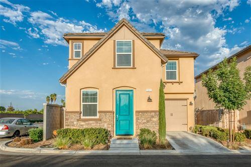 Photo of 1311 Nabors Drive, Clovis, CA 93619 (MLS # 546264)