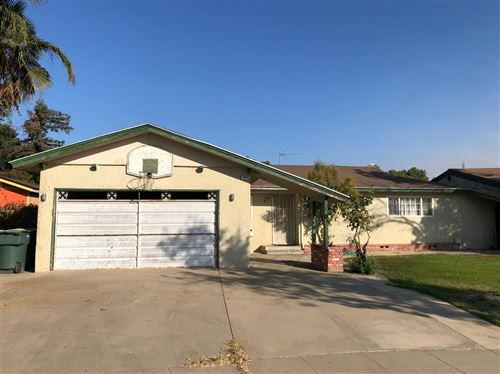 Photo of 6685 N Wolters Avenue, Fresno, CA 93710 (MLS # 550264)