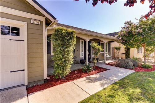 Photo of 3749 W Princeton Avenue, Fresno, CA 93722 (MLS # 546274)
