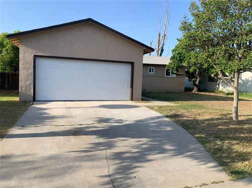 Photo of 118 W Sierra Avenue, Fresno, CA 93704 (MLS # 557285)