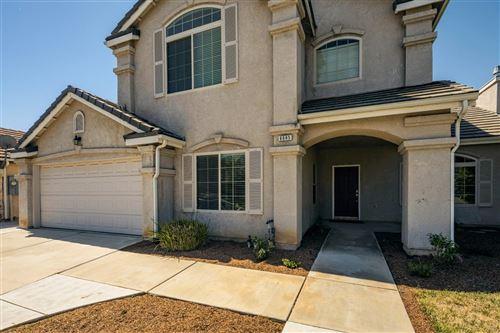 Photo of 6685 E Simpson Avenue, Fresno, CA 93727 (MLS # 561285)