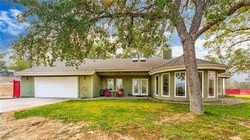 Photo of 38901 Rd 425B, Oakhurst, CA 93644 (MLS # 566302)