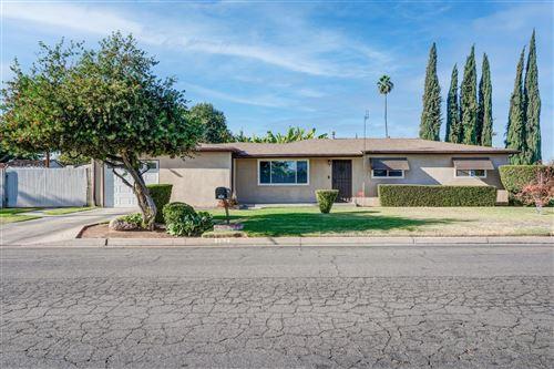 Photo of 182 E Los Altos Avenue, Fresno, CA 93710 (MLS # 566303)
