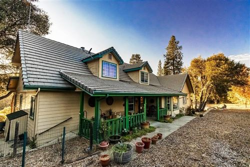 Photo of 40328 River View Place, Oakhurst, CA 93644 (MLS # 534317)