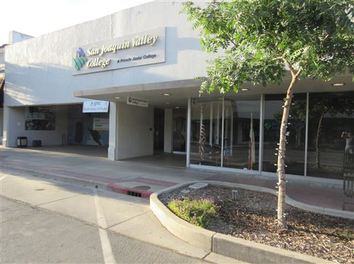 Photo of 215 W 7th Street, Hanford, CA 93230 (MLS # 543319)