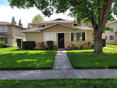 Photo of 2819 W Fairmont Avenue #204, Fresno, CA 93705 (MLS # 557331)