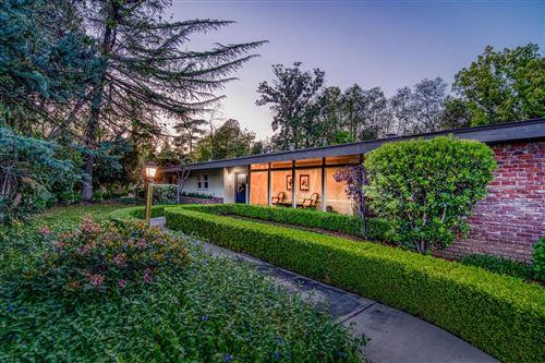 Photo of 1027 E Alamos Avenue, Fresno, CA 93704 (MLS # 557335)