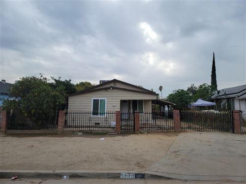 Photo of 5333 S Wildwood Avenue, Del Rey, CA 93616 (MLS # 568346)