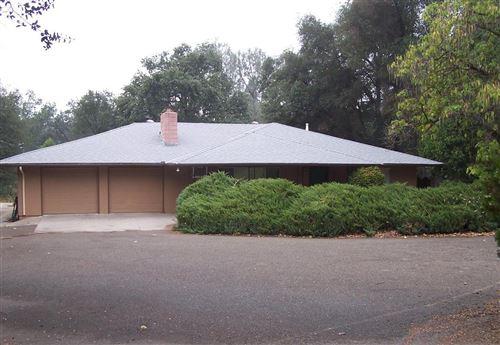 Photo of 45481 Lauri Lane, Oakhurst, CA 93644 (MLS # 548347)