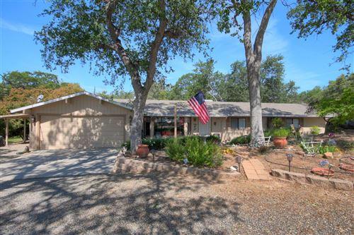 Photo of 41913 Wild Horse Court, Coarsegold, CA 96314 (MLS # 543351)