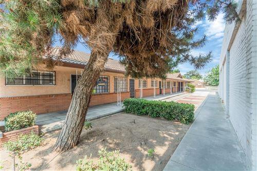 Photo of 2632 N Blackstone Avenue, Fresno, CA 93703 (MLS # 543367)