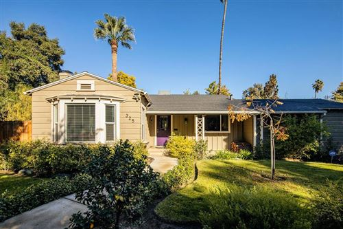Photo of 325 E Sussex Way, Fresno, CA 93704 (MLS # 551371)