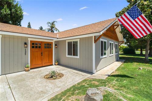 Photo of 125 W Sierra Avenue, Clovis, CA 93612 (MLS # 542376)