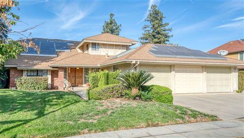 Photo of 7645 N 9Th Street, Fresno, CA 93720 (MLS # 568387)