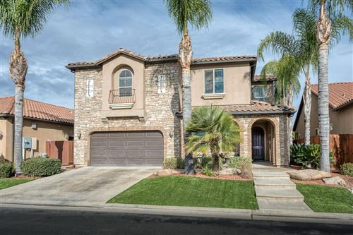 Photo of 1532 E Via Estrella Drive, Fresno, CA 93730 (MLS # 534388)