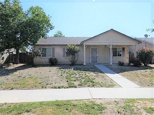 Photo of 734 11th Court, Kingsburg, CA 93631 (MLS # 559392)