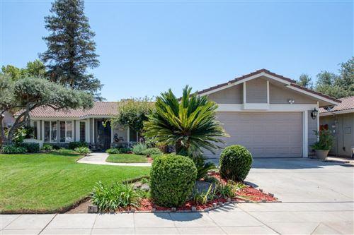 Photo of 5225 W Griffith Way, Fresno, CA 93722 (MLS # 546395)