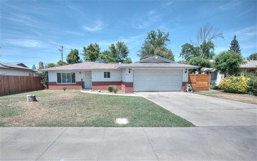 Photo of 1362 Aspen Street, Selma, CA 93662 (MLS # 559398)