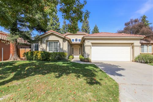 Photo of 5928 W Fir Avenue, Fresno, CA 93722 (MLS # 544400)