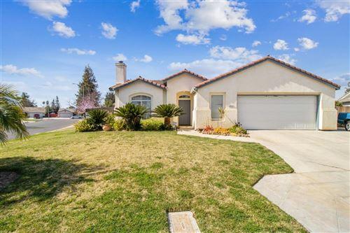 Photo of 2452 S Preuss Avenue, Fresno, CA 93727 (MLS # 555400)