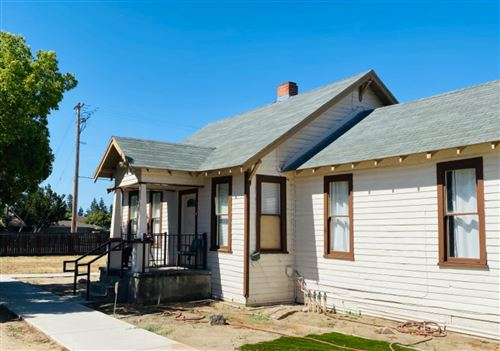 Photo of 20 N villa Avenue, Clovis, CA 93612 (MLS # 560405)