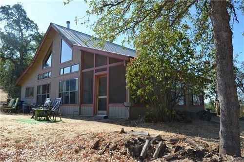 Photo of 42693 Nelder Heights Drive, Oakhurst, CA 93644 (MLS # 566416)