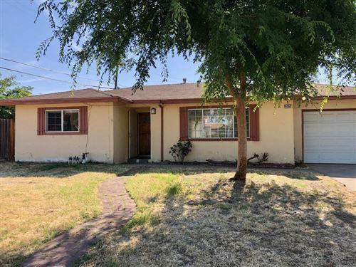 Photo of 4552 N Eddy Avenue, Fresno, CA 93727 (MLS # 559429)