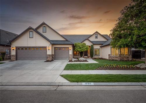 Photo of 1724 N Cherry Lane, Clovis, CA 93619 (MLS # 559436)