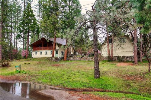 Photo of 44935 Mountain Meadow Road, Oakhurst, CA 93644 (MLS # 539446)