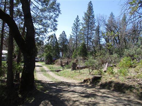 Photo of 53216 Hidden Meadow Road, Oakhurst, CA 93644 (MLS # 557447)