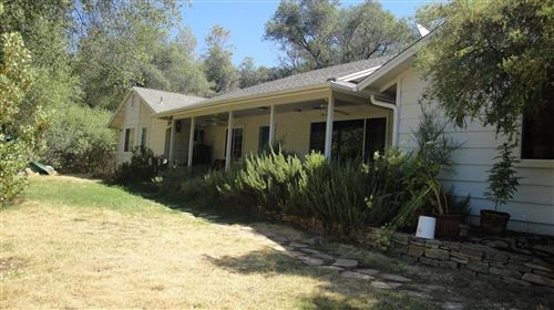 Photo of 32271 W Sunset Ridge Road, Coarsegold, CA 93614 (MLS # 544449)