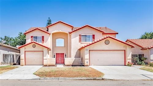 Photo of 5370 W Flint Way, Fresno, CA 93722 (MLS # 544454)