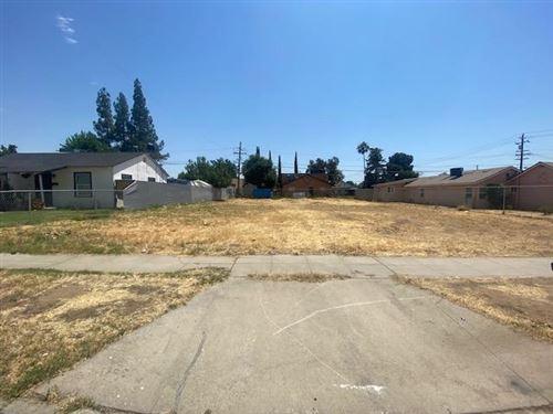 Photo of 1314 E Fedora Avenue, Fresno, CA 93704 (MLS # 561455)