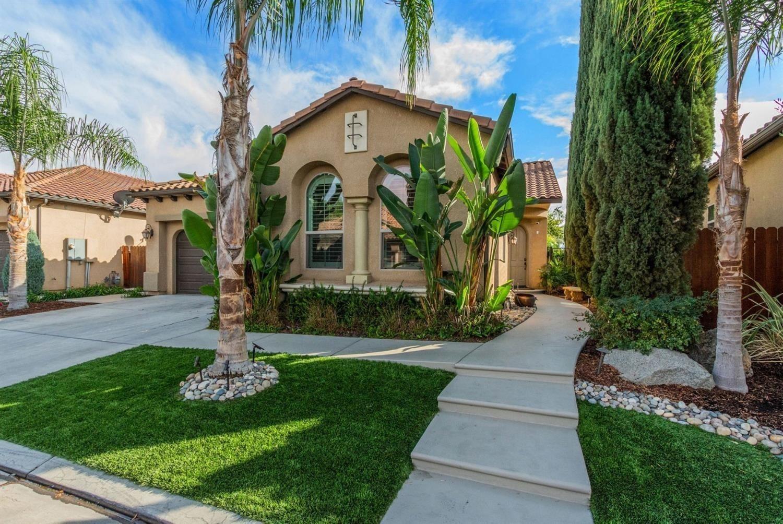 1521 E Via Estrella Drive, Fresno, CA 93730 - MLS#: 559459