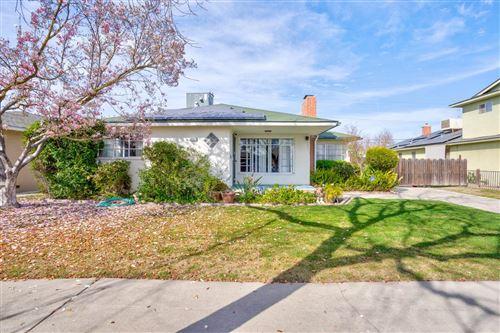 Photo of 3457 E Cortland Avenue, Fresno, CA 93726 (MLS # 555467)