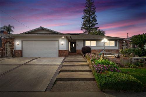 Photo of 2215 N Laureen Avenue, Fresno, CA 93703 (MLS # 551474)