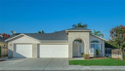 Photo of 5576 W Lamona Avenue, Fresno, CA 93722 (MLS # 551480)
