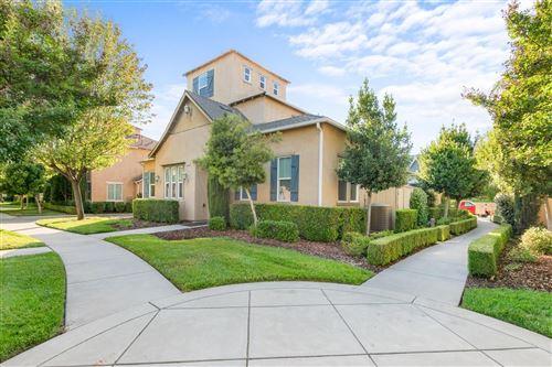 Photo of 4072 Trenton Avenue, Clovis, CA 93619 (MLS # 560482)