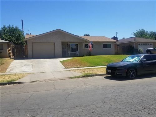 Photo of 3057 W Hampton Way, Fresno, CA 93722 (MLS # 544486)
