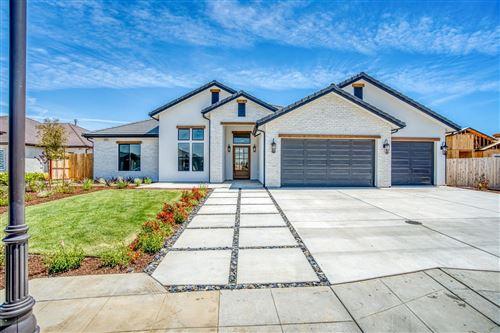 Photo of 3089 Powers Avenue, Clovis, CA 93619 (MLS # 555494)