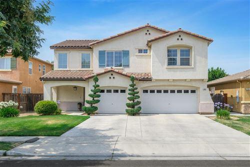 Photo of 2808 Almond Avenue, Sanger, CA 93657 (MLS # 561511)