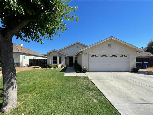 Photo of 1385 Malsch Strasse, Dinuba, CA 93618 (MLS # 561513)