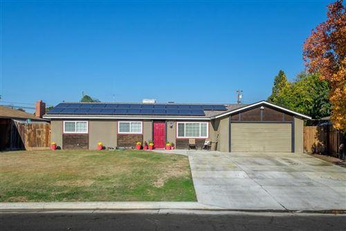Photo of 5777 E Bernadine Drive, Fresno, CA 93727 (MLS # 551516)
