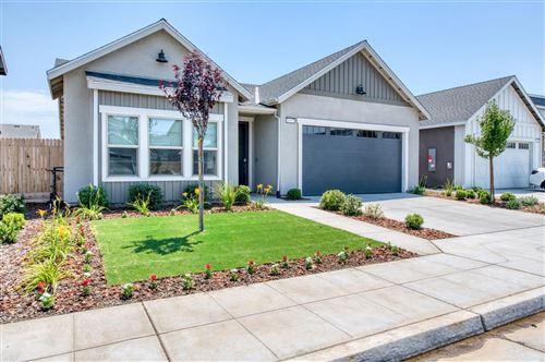 Photo of 6167 E Inyo Street, Fresno, CA 93727 (MLS # 561518)