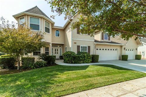 Photo of 422 W Prescott Avenue, Clovis, CA 93619 (MLS # 566518)