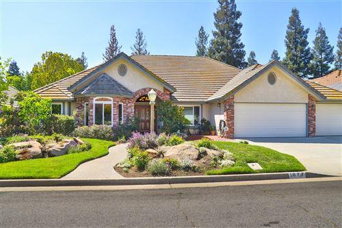 Photo of 1077 E Newhall Drive, Fresno, CA 93720 (MLS # 557534)