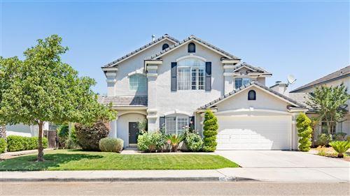 Photo of 2382 E Desert Island Drive, Fresno, CA 93730 (MLS # 543548)